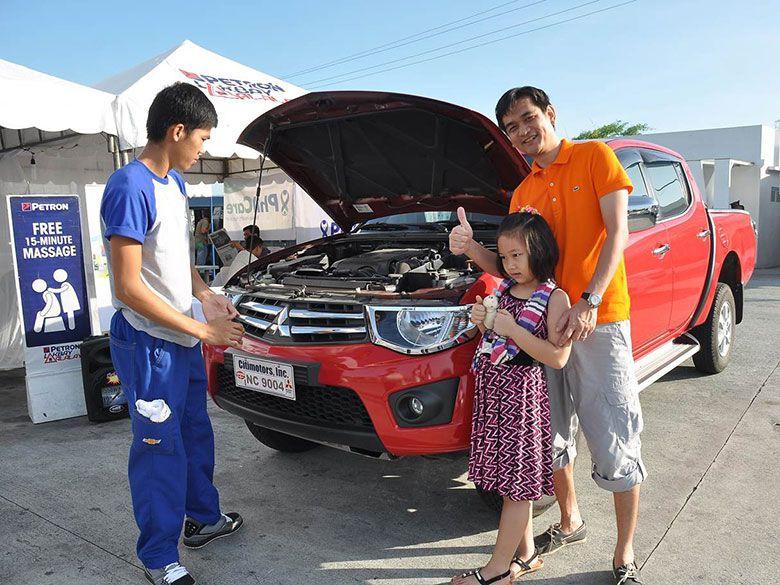 Petron-Lakbay-Alalay-customers