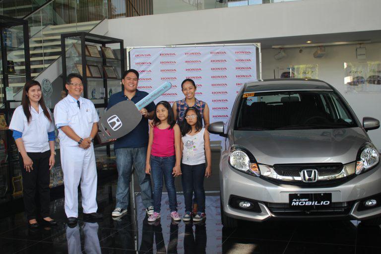Family man takes home an All-New Honda Mobilio