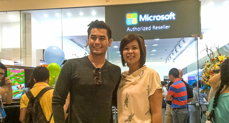 Microsoft opens two Philippine stores