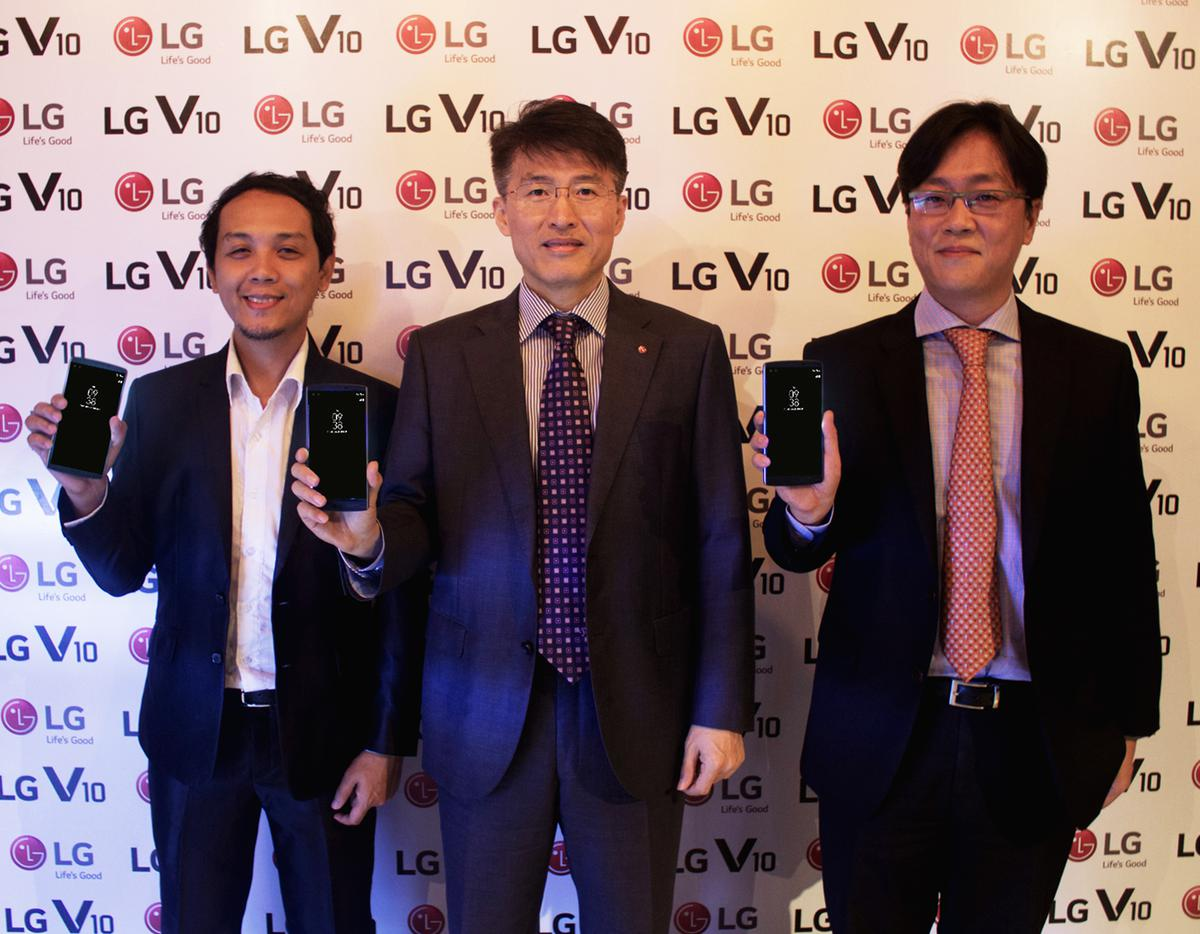 LG V10 Executives