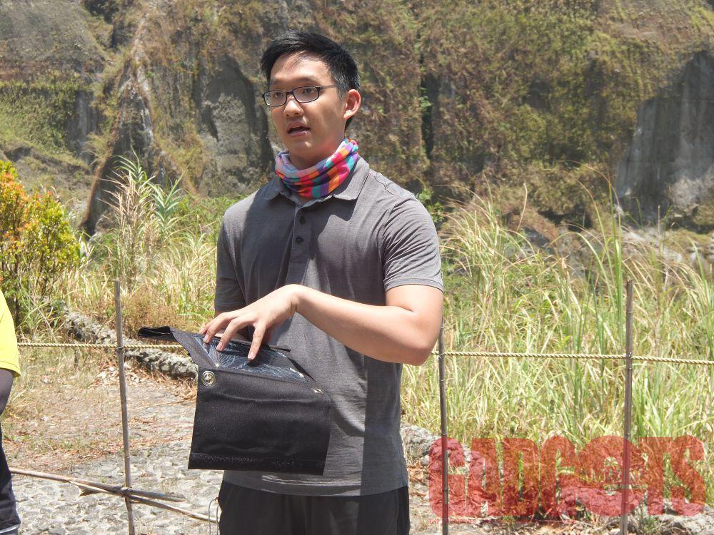 Johann Tiu, Waido Marketing and Distribution Inc. sales manager, demonstrating the Lifemate Apollo I.