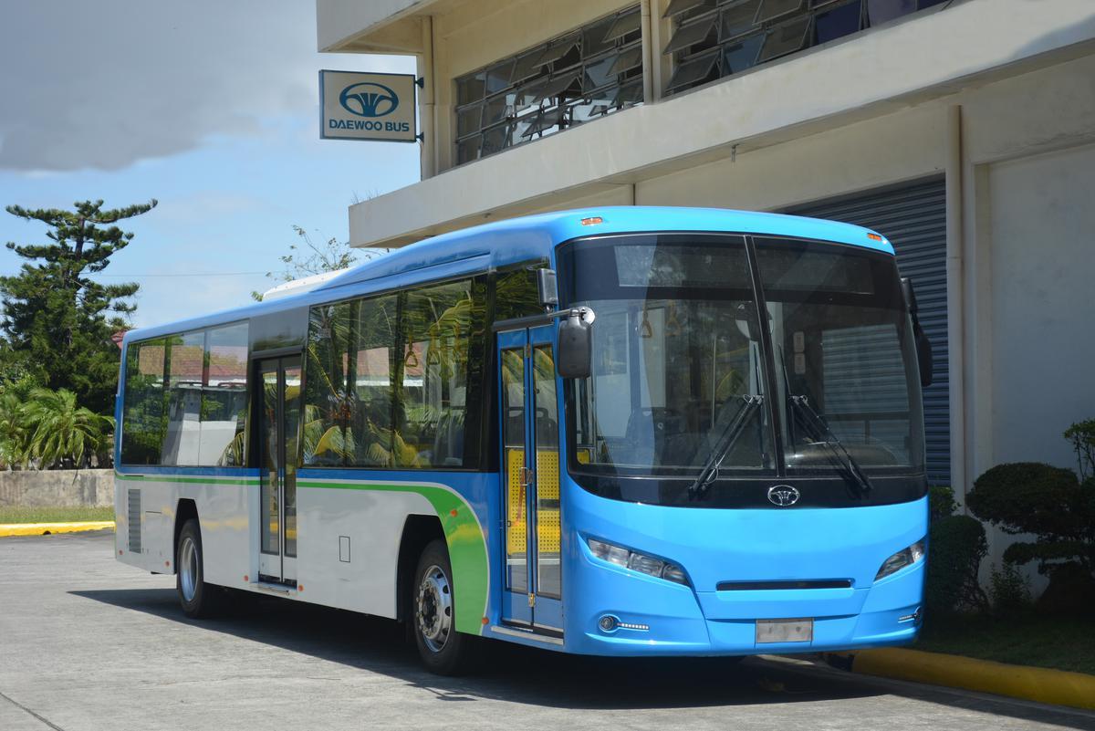 3) Daewoo Bus BS120SN