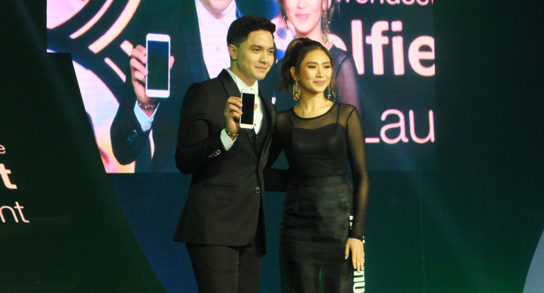 In pictures: Oppo launches F3 in star-studded event
