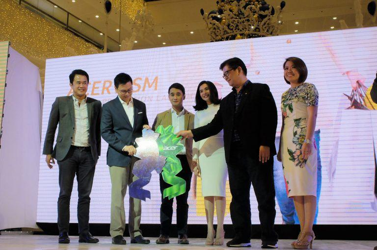 Acer PH and The SM Store Want you to Have a #MalayangPasko with its Holiday Promo