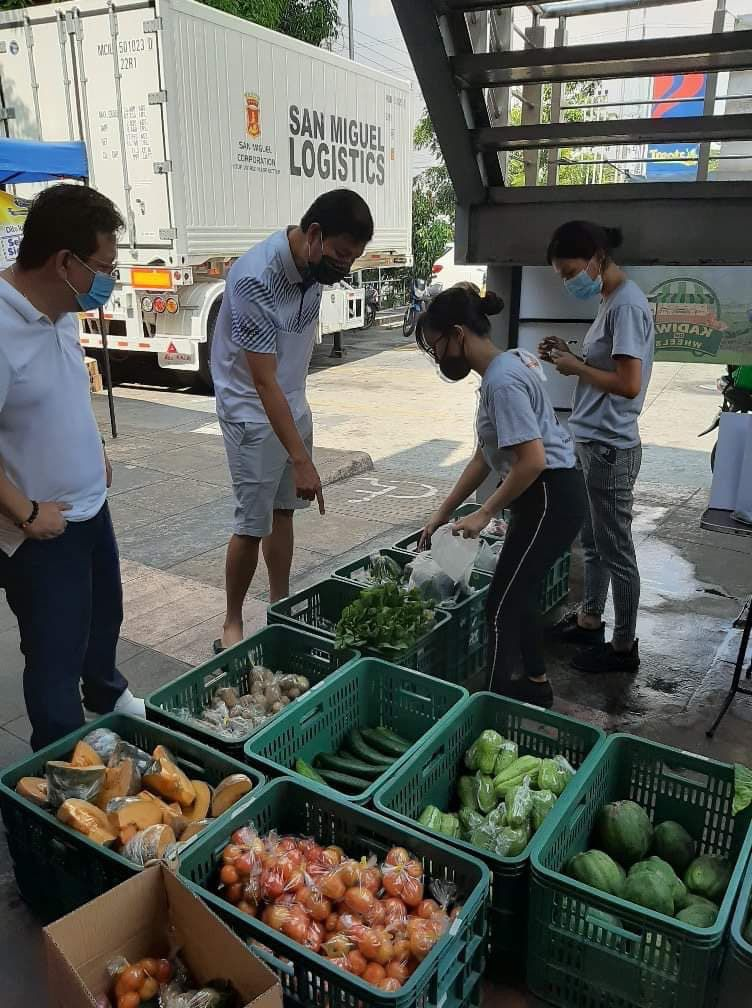 SMC opens two pilot stores for local farmers to start selling produce at Petron stations