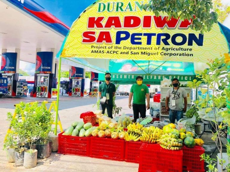 More Petron stations now have Kadiwa rolling farmers' stores